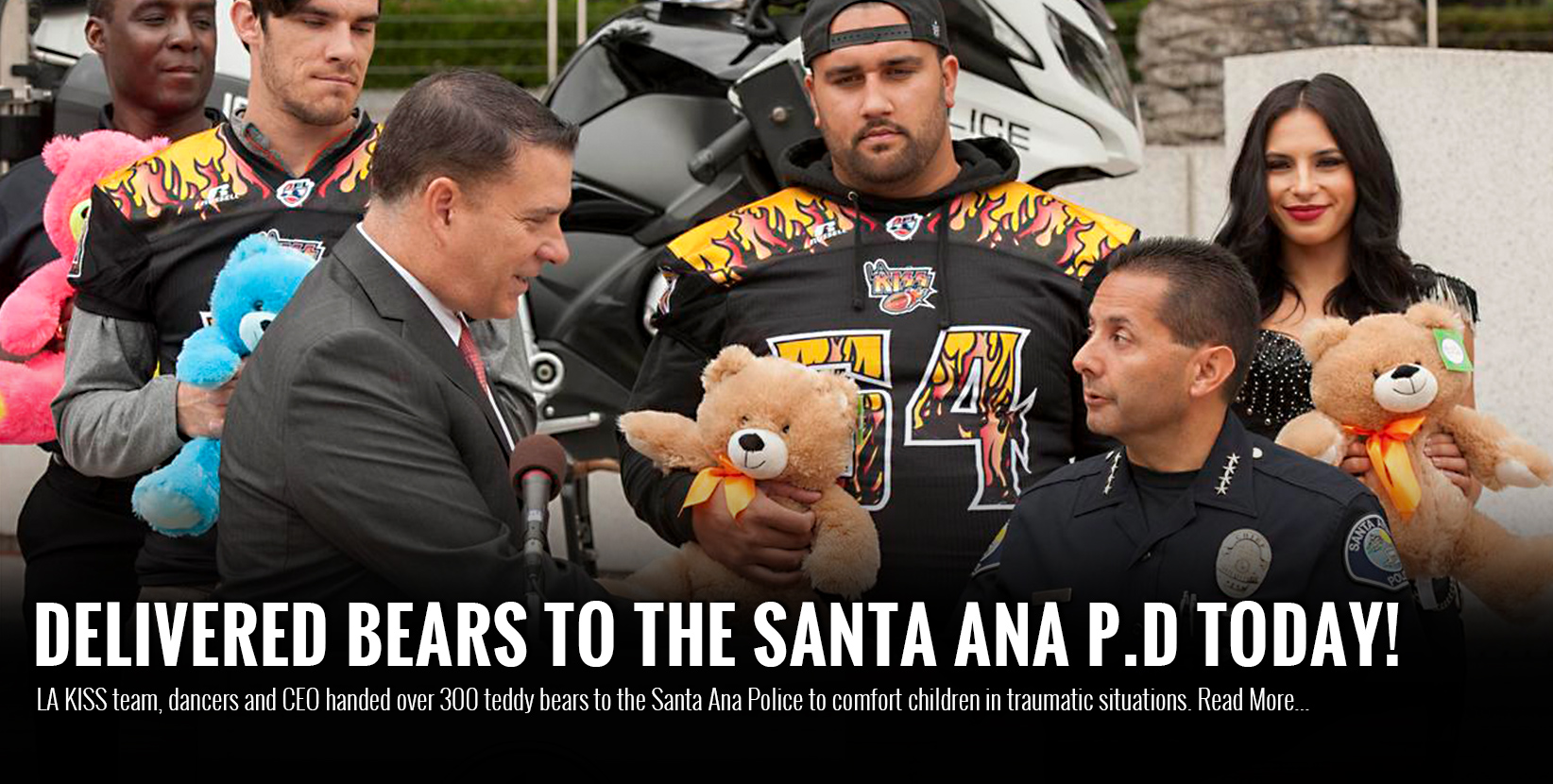300 teddy bears handed over to Santa Ana police to comfort children